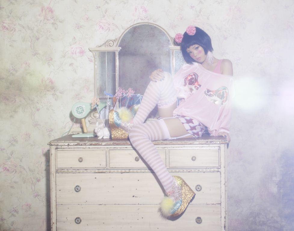 乃木坂46生駒里奈×ハナエ、「カワイイ」双子コーデでFREECELL表紙に登場サムネイル画像