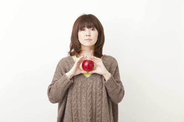 「ベストマザー賞」を受賞した渡瀬マキ、ソロライブ開催サムネイル画像