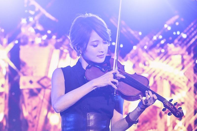 ヴァイオリニストAyasa満員の会場でワンマン開催!集大成となる至極のベストアルバムのリリース決定サムネイル画像