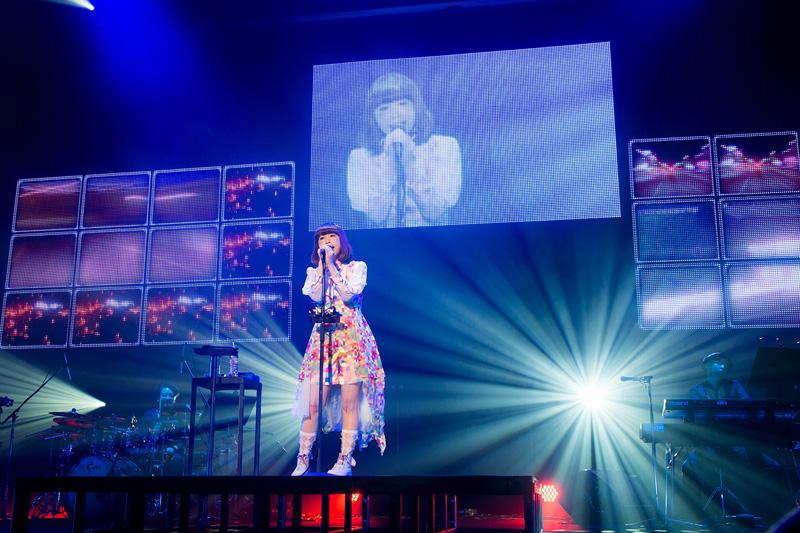 やなぎなぎの独創的な世界観に包まれた渋谷公会堂!人気アニメ続編のOPテーマを担当することも発表サムネイル画像
