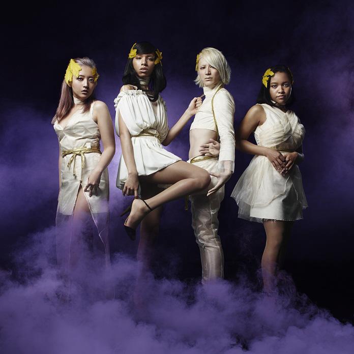 女王蜂 地上波音楽番組に初出演!NHK「MUSIC JAPAN」(3/8 放送)で憧れのPerfumeと夢の競演!?サムネイル画像