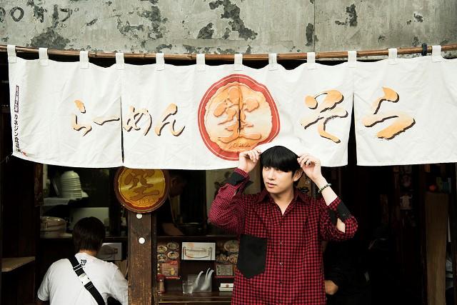 SUPER JUNIORヒチョル、ラーメン好きが高じ?遂にラーメンを食べに北海道を旅するガイドブックを発売