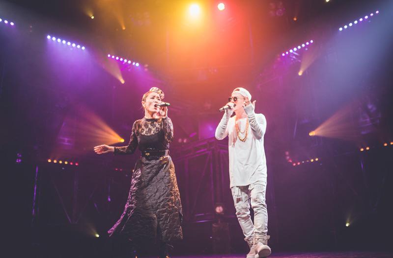 【AK-69全国ホールツアーレポート】大阪公演で女性レゲエトップシンガーの「PUSHIM」と共演サムネイル画像