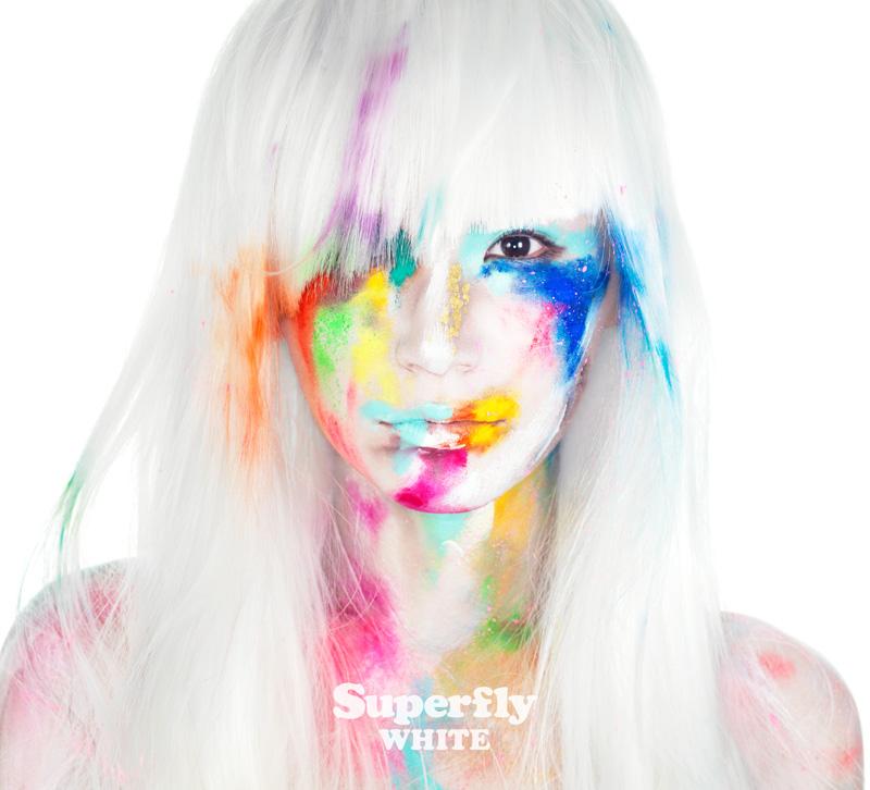 5thアルバム『WHITE』のジャケットアートワークはSuperfly自身が白いキャンバスになるサムネイル画像