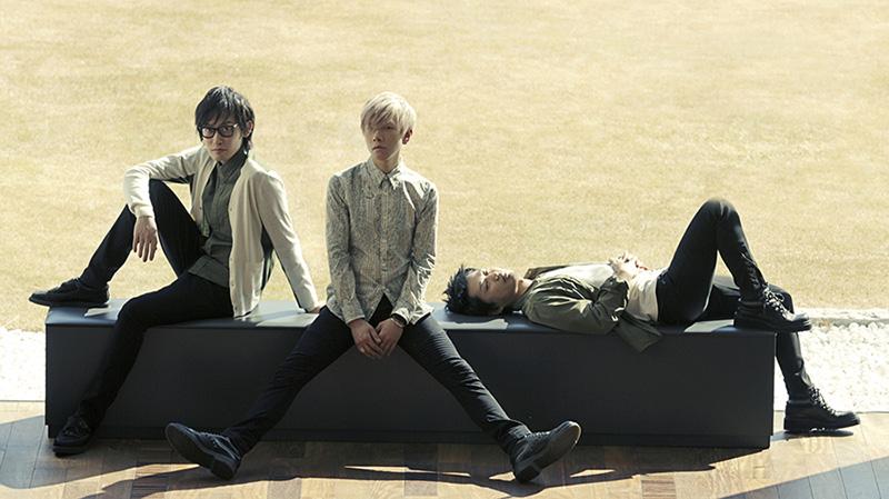スリーピースロックバンド・真空ホロウから、村田、大貫が脱退を発表サムネイル画像