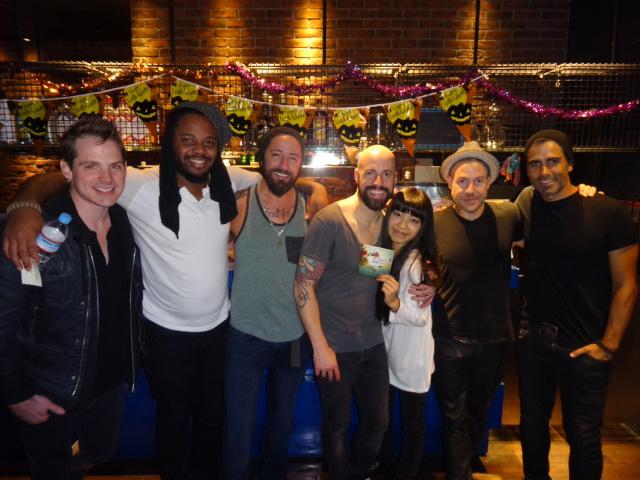 """miwa、憧れのロック・バンド""""ドートリー""""のライブに大感激サムネイル画像"""