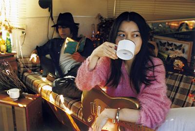 LOVE PSYCHEDELICO 15周年を彩るスペシャルサイトが公開!ボリュームたっぷりのベストアルバムの全曲解説は必見サムネイル画像