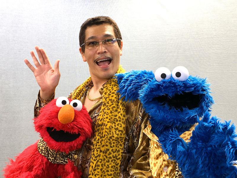 日本人アーティスト初の快挙!ピコ太郎、あの世界的に有名なキャラクターに「PPAP」を指導サムネイル画像