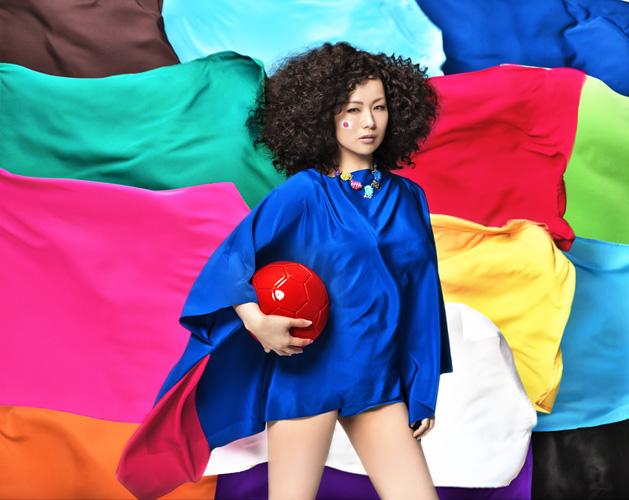 ブラジルW杯を椎名林檎が彩る!新作は2014年NHKサッカー放送のテーマソングサムネイル画像