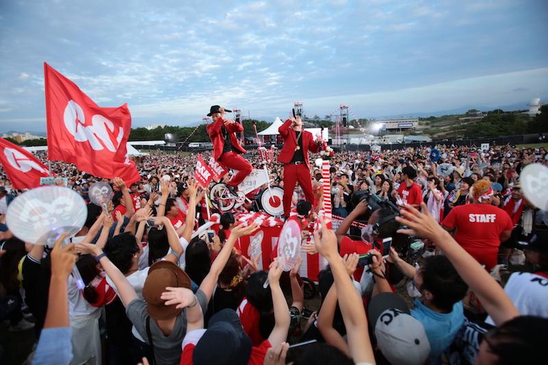 C&K、海の中道海浜公園で野外ワンマン15,000人動員!10月発売の新曲「ヒカリトカゲ」も初披露サムネイル画像