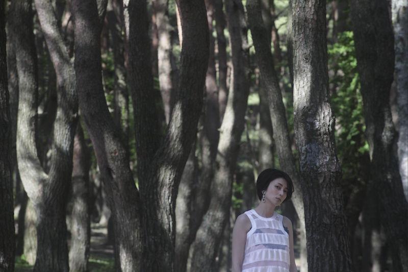柴咲コウのショートカット姿が「美しすぎる」と評判。カバーアルバム第2弾「続こううたう」7月リリース決定サムネイル画像