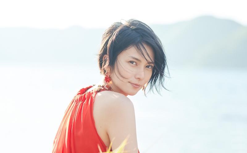 柴咲コウ、思わず息を飲む美しさ!ショートカット姿と透き通る歌声を公開サムネイル画像