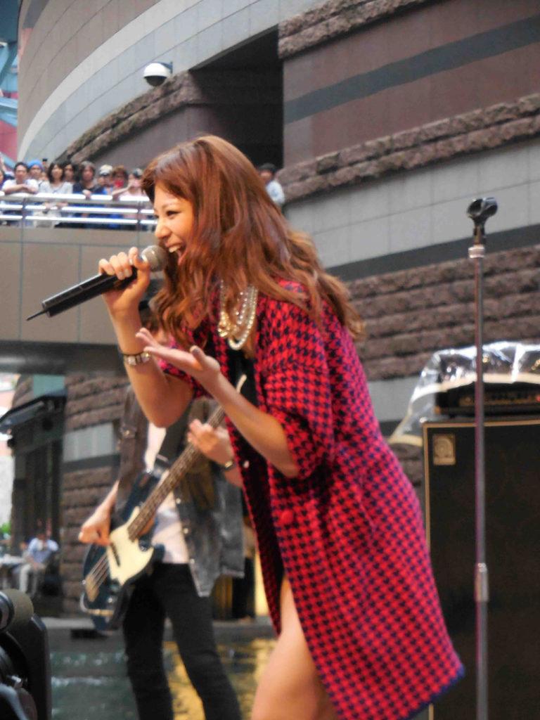 西内まりや、福岡凱旋で地元のファンに感謝!「また来るけん!まっとってね!!」サムネイル画像