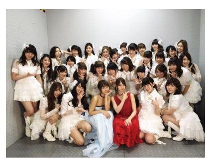 AKB48・高城亜樹、卒業コンサートでの集合写真を公開サムネイル画像