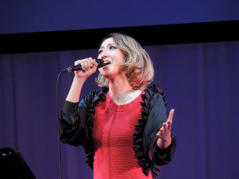 Ms.OOJA 30歳限定・巨大女子会イベントにMs.OOJA出演・コラボ制作したカバーアルバムを初披露サムネイル画像