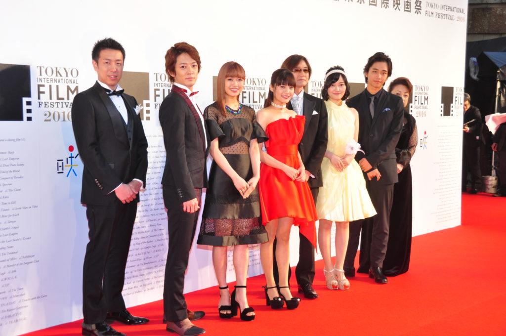佐藤寛太(劇団EXILE)、初のレッドカーペットに感動!「イタキスという作品でこの舞台に立てて嬉しい」サムネイル画像