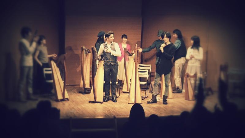 「東京アイリッシュハープフェスティバル」にケルティックハープオーケストラの創始者、ファビウス・コンスタブルが参加サムネイル画像