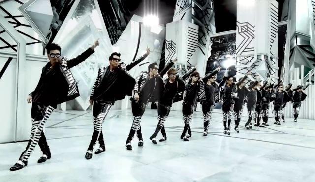 EXILEニューアルバム『19 -Road to AMAIZNG WORLD-』より新曲「DANCE INTO FANTASY」のMVがかっこ良すぎると話題にサムネイル画像