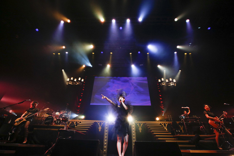 瀧本美織が涙の熱唱!ガールズバンド・LAGOON(ラグーン)デビュー1周年、初のワンマンライブ成功サムネイル画像