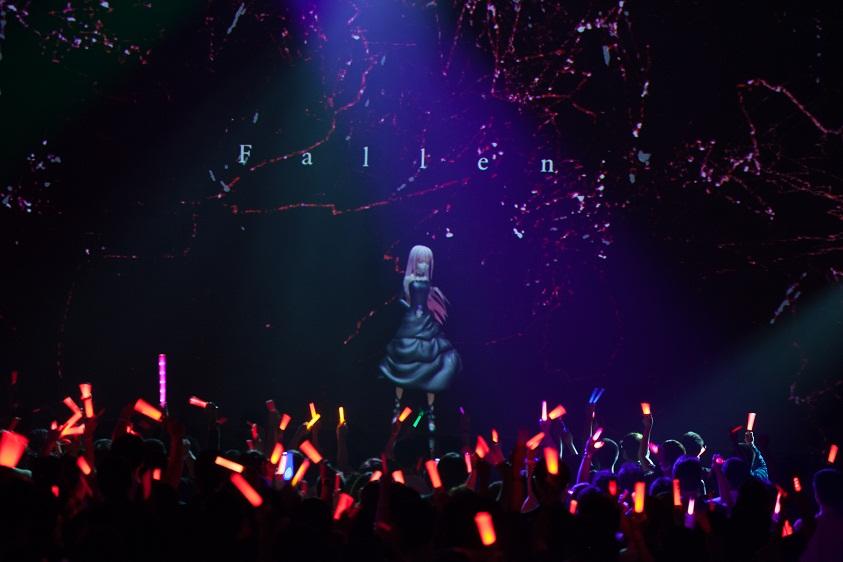 EGOIST、初ライブを行った想い出の地シンガポール、ワンマン公演で「ただいま!」サムネイル画像