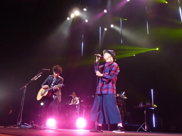 吉田山田、全国ツアー「吉田山田ツアー2015」名古屋にてファイナル公演開催サムネイル画像