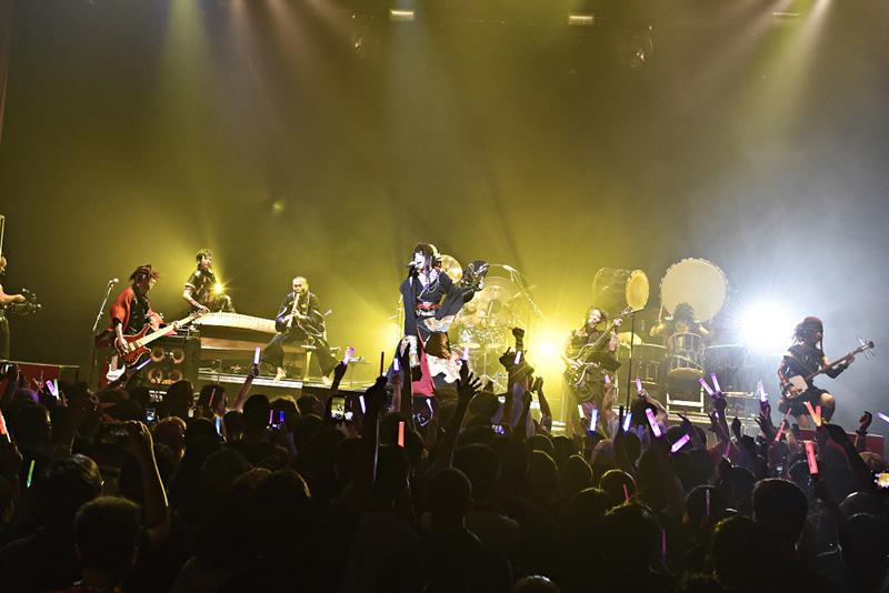 和楽器バンド、初のアメリカ公演がSOLD OUT! 最後まで歓声が鳴りやまず、アメリカツアーを約束サムネイル画像
