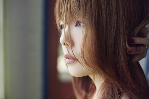 aiko、デビュー15周年記念日にニューシングル発売&地元大阪で凱旋ライブサムネイル画像