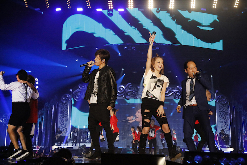 浜崎あゆみに「超感謝」Gacktには「パニック」!トレエン斎藤、大興奮のライブの感想を語るサムネイル画像