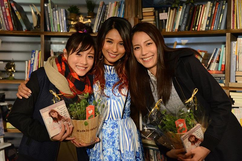 石原さとみ&松下奈緒姉妹が感激!シェネルがドラマ主題歌「Happiness」をサプライズ生歌唱サムネイル画像