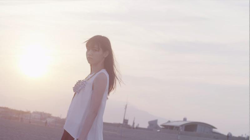 乃木坂46の10年後の未来の姿とは!?「羽根の記憶」MV公開サムネイル画像