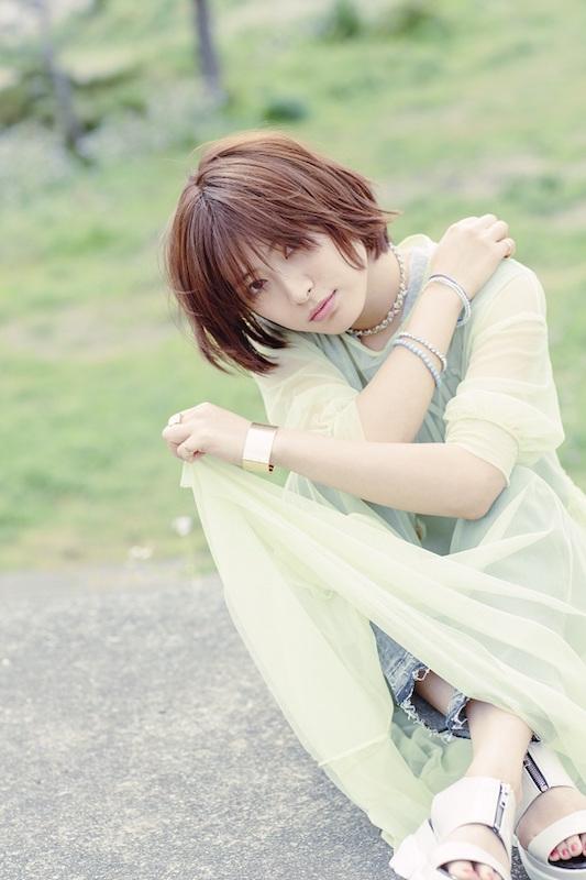 瀧本美織、30cm以上髪の毛バッサリのショートカット姿を公開サムネイル画像