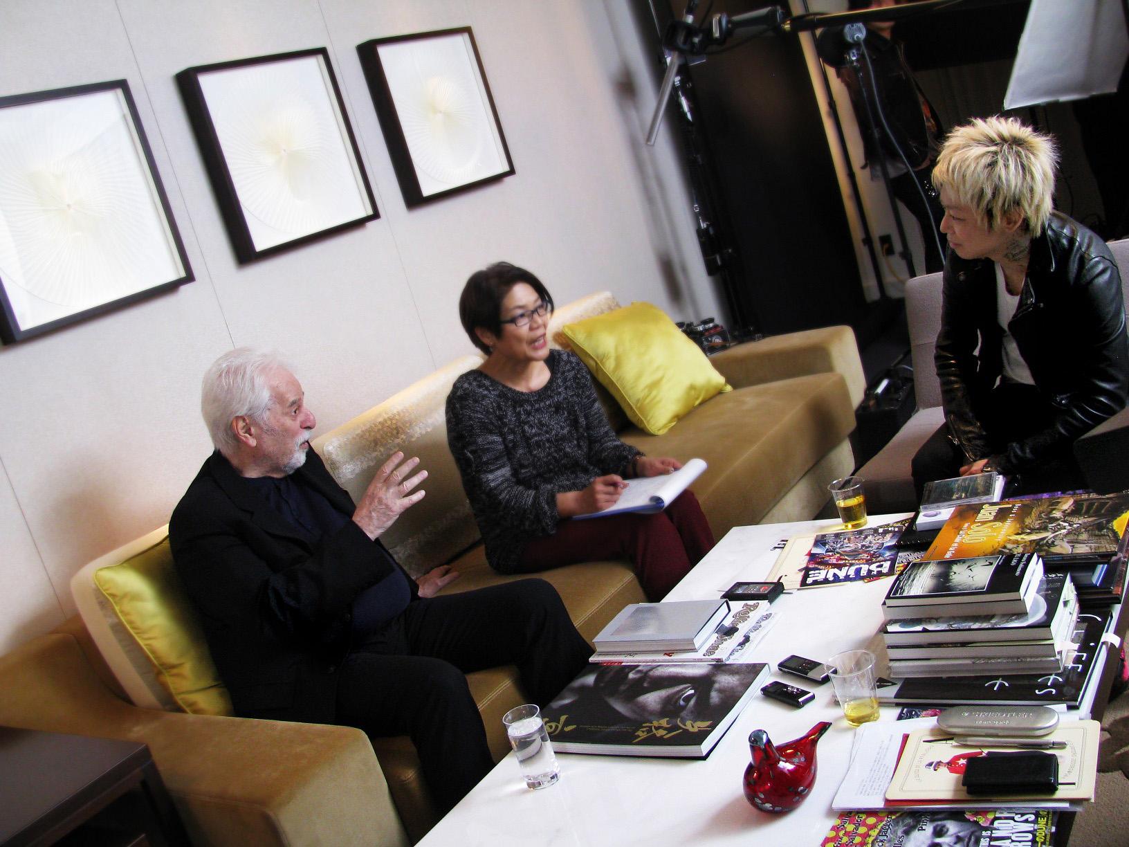 DIR EN GREY京、カルト映画界の巨匠と対談サムネイル画像