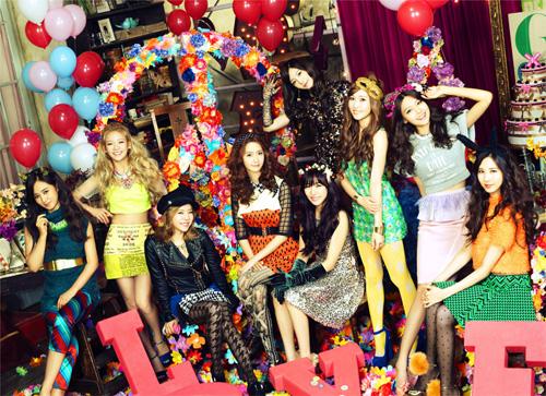 少女時代 オリコン週間アルバムランキング初登場1位を獲得サムネイル画像
