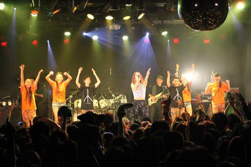 lecca、全国ツアー開幕!!東京公演のスペシャルゲストはRHYMESTERとTEEサムネイル画像