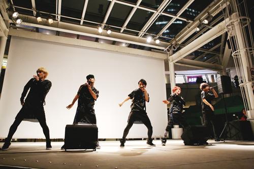 AAA浦田直也、May J.も参加!Vimclip、1stアルバム発売記念イベントにファン1,000人殺到サムネイル画像