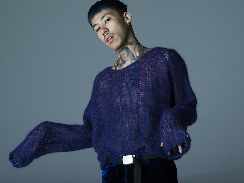 宇多田ヒカル、最新アルバム「Fantome」参加で注目集まる。全身タトゥーのラッパーKOHHって誰?