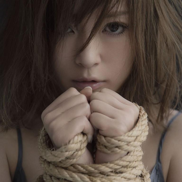 浜崎あゆみ、離婚へ。「ばいばい意気地なしだった私」過去には2ショット写真も公開サムネイル画像