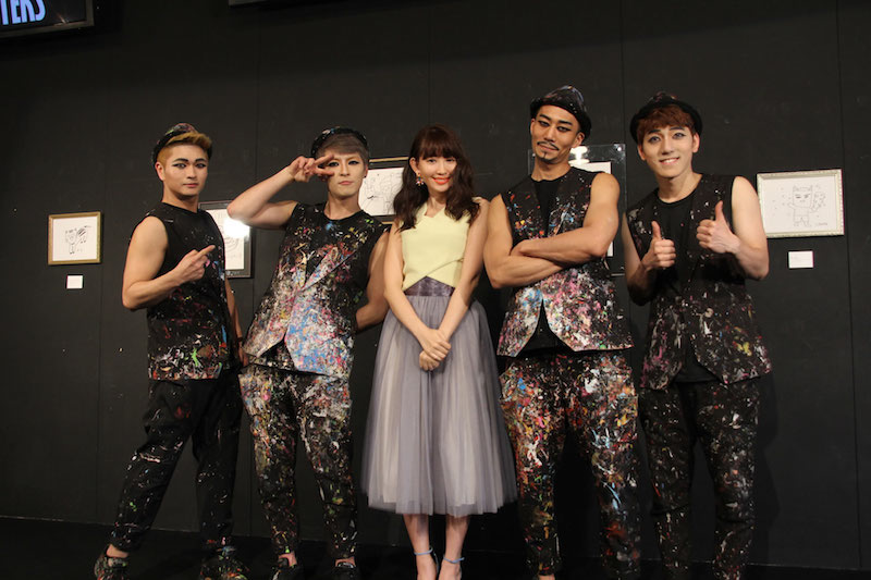 AKB48・こじはる、韓国イケメン集団からのべた褒めに照れる。「すごく楽しかった」
