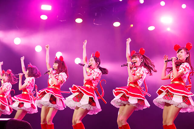 AKB48まゆゆ、バイトAKBの時給に驚き「…結構いい額」。ゆきりん、松井珠理奈、指原らのスペシャル衣装写真も公開サムネイル画像