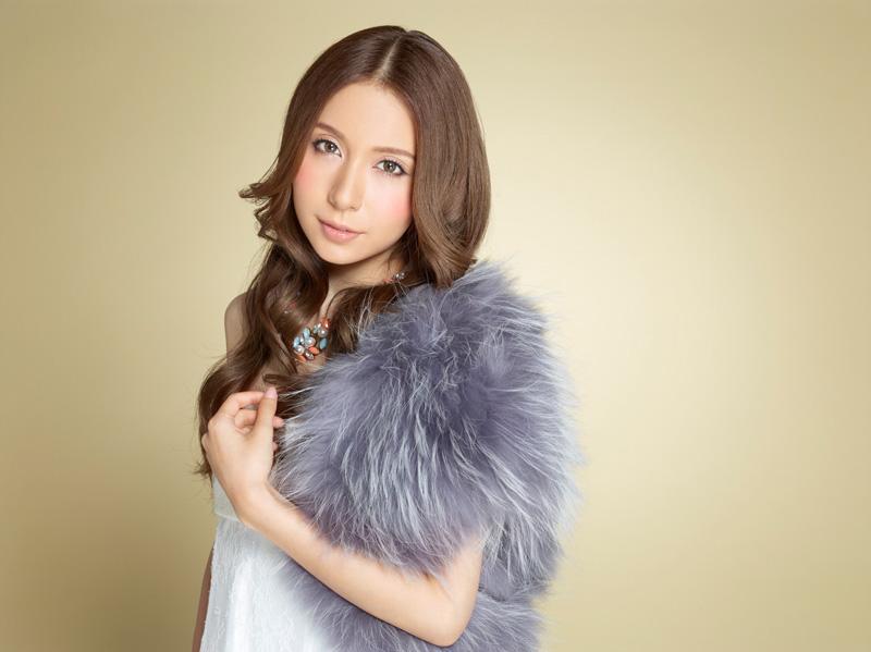 May J. 10月発売アルバムに収録の新曲「Clap!」がCMソングに決定サムネイル画像