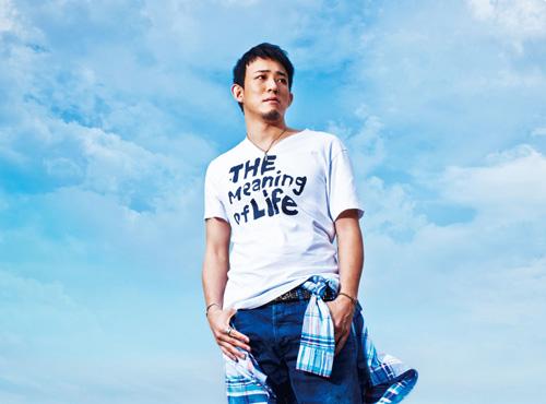 ファンキー加藤、ソロ第2弾シングル「輝け」が配信アルバムランキング1位獲得サムネイル画像