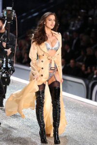 irina-shayk-on-the-runway-for-21st-annua
