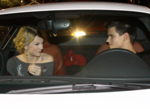 taylor-lautner-with-taylor-swift-night-ride-part-2