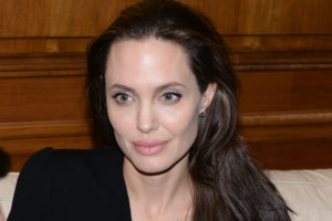 european-refugee-crisis-angelina-jolie-in-athens