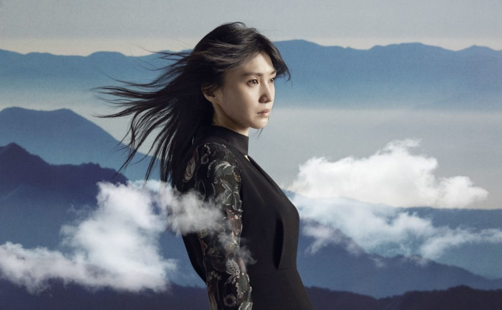 仲間由紀恵、鬼束ちひろとドラマ「TRICK」つながり共演で視聴者から絶賛。「夢が叶いました」「最高」サムネイル画像