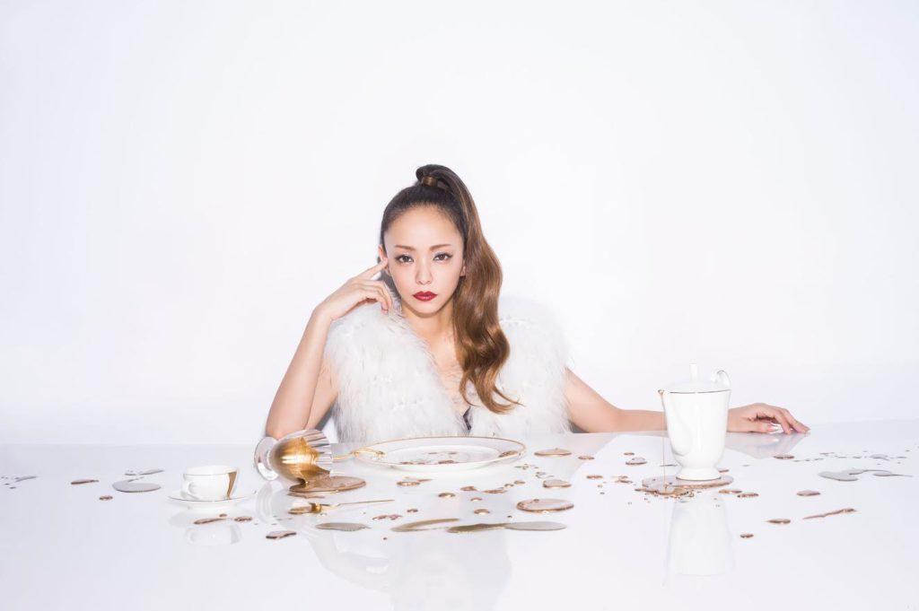 安室奈美恵、初の1ツアー100公演となる追加公演発表にファンから喜びの声「嬉しい」サムネイル画像