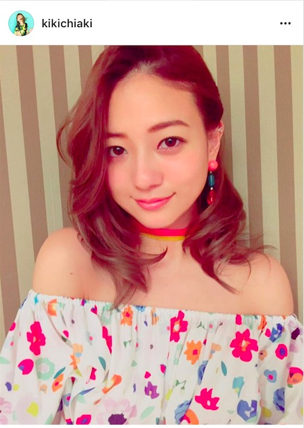 AAA・伊藤千晃、大胆肩出し春ファッション写真公開で「目の保養」「妊婦さんに見えない」サムネイル画像
