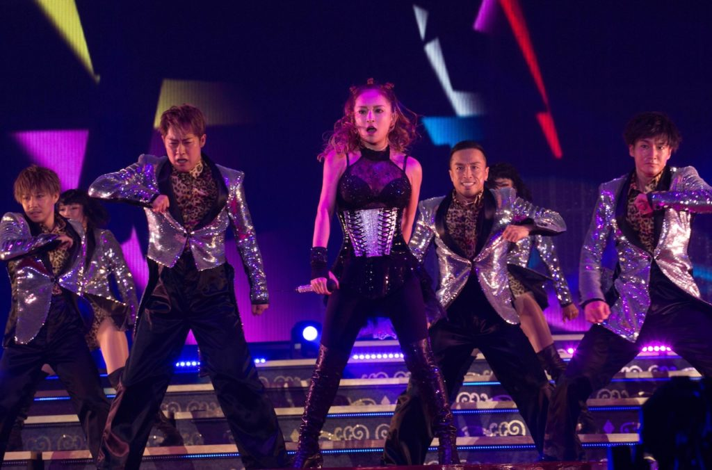 20周年への布石!浜崎あゆみ、自身最多公演数となる全国60公演のロングツアーを発表サムネイル画像!
