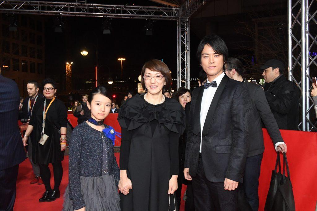 「僕は日本語で話します!」桐谷健太、生田斗真と共に映画『彼らが本気で編むときは、』ベルリン国際映画祭舞台挨拶サムネイル画像