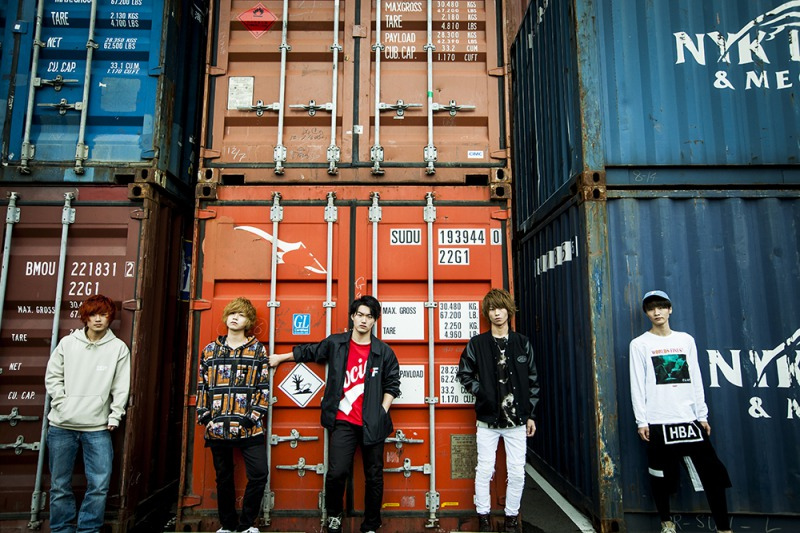 横浜発の全員ハタチのロックバンド「QoN」 全国流通盤「MOMENT」発売決定!サムネイル画像